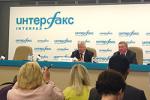 Шмаков рассказал журналистам почему нельзя повышать пенсионный возраст