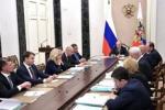 Решение вопросов дефицита кадров медработников, совершенствования систем оплаты их труда – на контроле Президента России